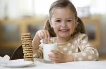 Chế độ ăn uống phù hợp cho trẻ tự kỷ