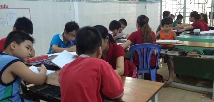 Lớp Tiểu Học (ngoài giờ)