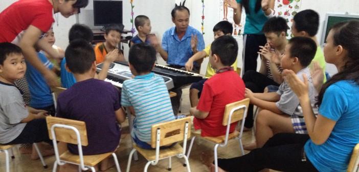 Buổi sinh hoạt tập thể của các em Lớp Tiểu học ngoài giờ và Tiền học đường